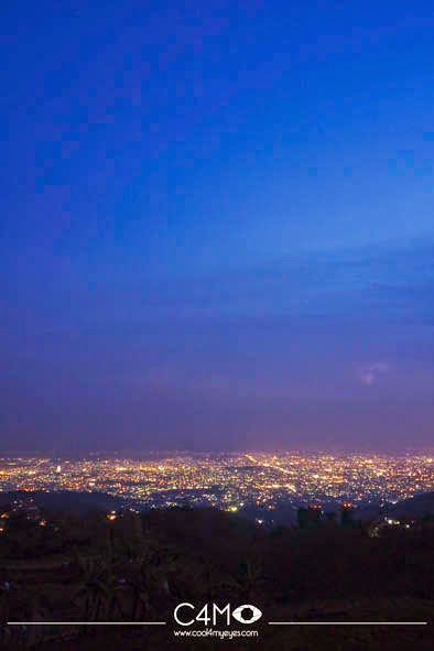 Kota Bandung dari Ketinggian bukit moko