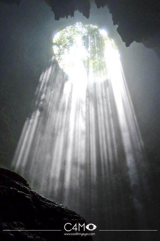 Luweng Grubug dengan cahaya surga