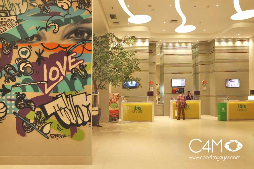 Lobby dengan konsep mural