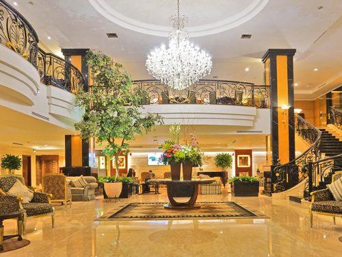 Lobby yang megah